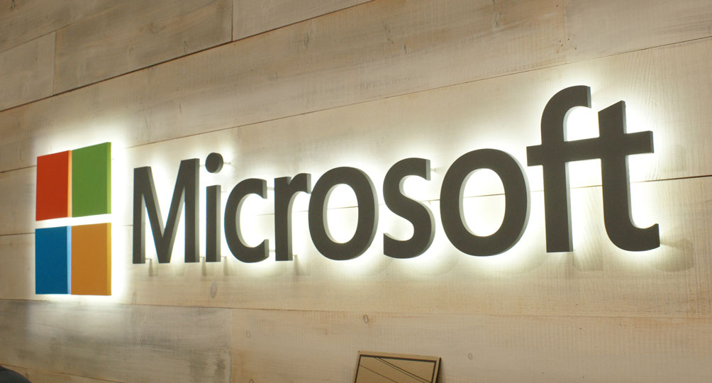 MICROSOFT QUIERE DEMOCRATIZAR LA INTELIGENCIA ARTIFICIAL